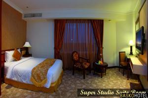 Super Studio Suite