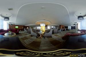 Zello Lounge